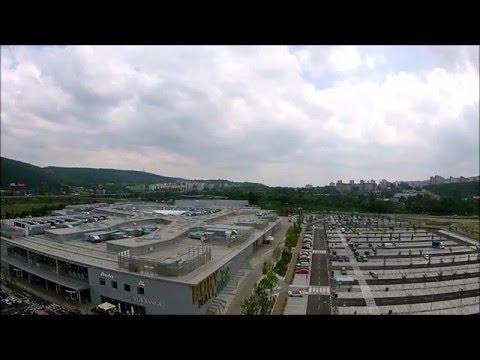 Bory Mall: Nákupné centrum duchov