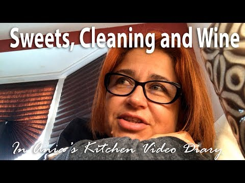 Ania's Video Diary - Sweets, Cleaning and Wine - Daily Vlog