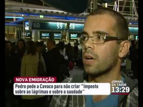 Jovem enfermeiro emigra e dirige carta a Cavaco Silva a despedir se do país