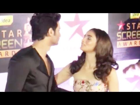 Here's What Happened When Alia Bhatt And Sushant Singh Rajput Accidentally Met On Red Carpet
