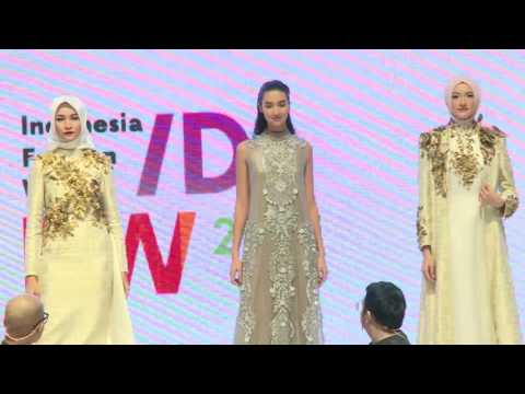 Highlight Indonesia Fashion Week 2017 #Day 2