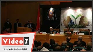 """بالفيديو.. أشرف الشيحى عن مستوى التعليم فى مصر: """"شغلتنا.. ووالله كويس وبخير"""""""