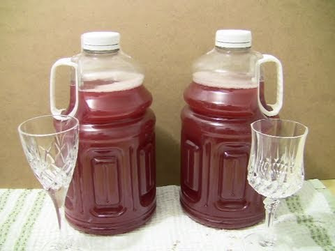 How to make homemade wine from cranberry juice