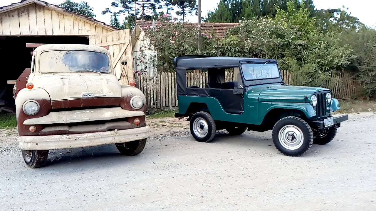 Chevrolet Brasil 1960 e Jeep 1975 - YouTube