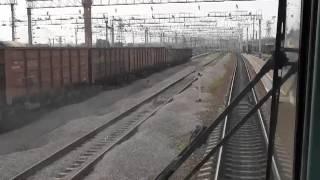 В кабине электровоза 3ЭС5К-227 по станции Хабаровск-2(Перегон электровоза 3ЭС5К-227 из депо в четный парк станции Хабаровск-2 для прицепки к поезду и дальнейшей..., 2012-06-16T08:26:16.000Z)
