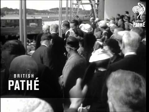 Launching Of 32,000 Ton Oil Tanker 'british Trader' (1957)