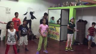 High heels song choreography by Kundan Umak performing Kundan dance academy kids honey Singh