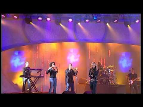 Anastacia - Left Outside Alone, 46th Annual TV Week Logie Awards 2004 [Performance]