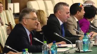 Guvernul va elabora o nouă ordonanţă de urgenţă privind salarizarea bugetarilor