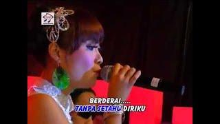 Video Ayu Octavia - Diam Bukan Tak Tau (Official Music Video) download MP3, 3GP, MP4, WEBM, AVI, FLV Juli 2018