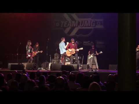 """Tailgate Watch: Lady Antebellum performs """"You Look Good"""" at The Ryman"""