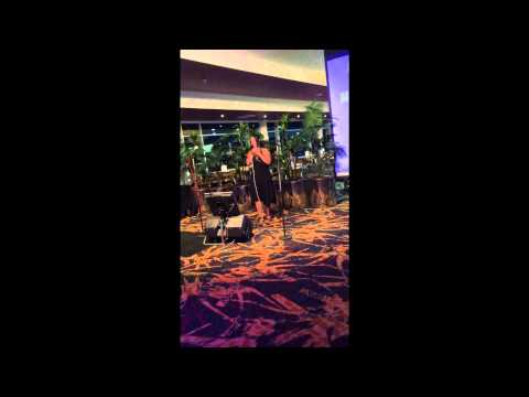 Nobodys Home karaoke cover at worrigee Sports Club Sienna Mayfair