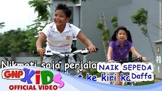Download Naik Sepeda - Daffa