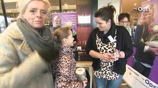 9-jarige Naomi uit Ommen verkoopt zelfgemaakte kerstbakjes voor de voedselbank