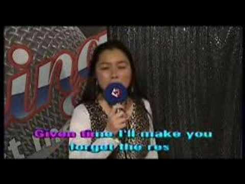 Kiemlan sings Fame in Karaoke Show in Den Haag/The Hague