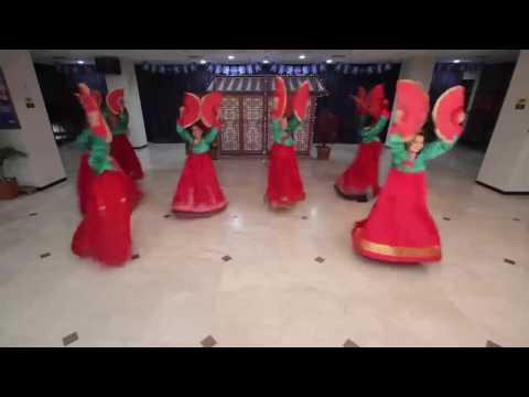 Mixed Korean Traditional Dan Modern Dance; BCA Banjarmasin Branch, 2016