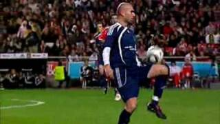 Zidane and Kaka in the Match Against Poverty for Haiti