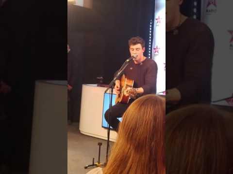 Shawn Mendes Live - STITCHES (Virgin Radio Paris)
