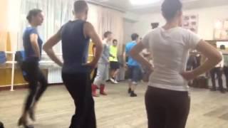 Ровеньки.  Дом культуры. Репетиция народного танца