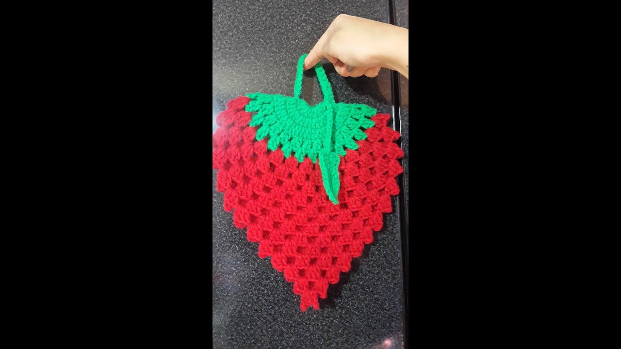 Agarradera de Frutilla a Crochet - YouTube