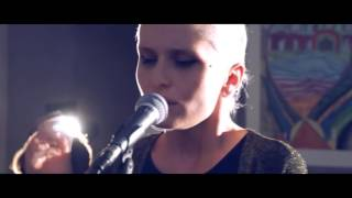 ISADORA - ״Let It Burn״ (Acoustic Session)