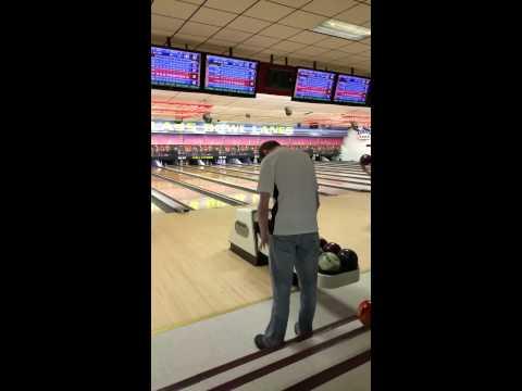 Earon Vollmar Bowling His 900 Series