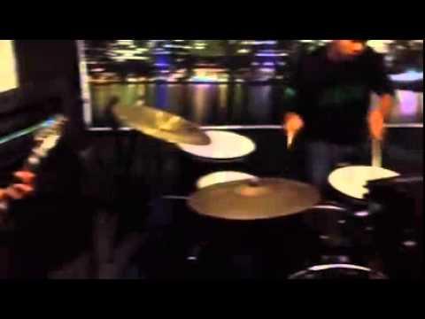 R.I.L Band - Suka Padanya