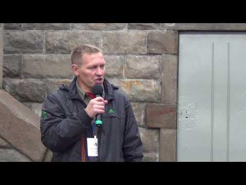 Песня о десантном батальоне на митинге НОД в Челябинске