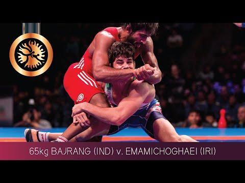 BRONZE FS - 65 kg: B. BAJRANG (IND) v. Y. EMAMICHOGHAE (IRI)