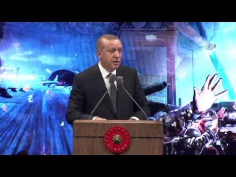 İkiz şehitlerin babasının okuduğu şiir Cumhurbaşkanı Erdoğanı ağlattı