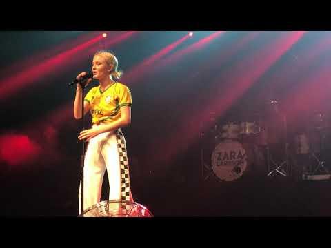 Zara Larsson - Make That Money  in São Paulo Brazil at  Club