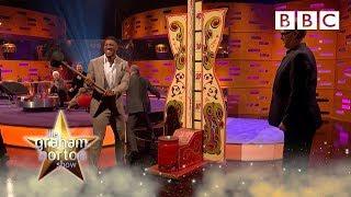 Download Anthony Joshua V Greg Davies V Judi Dench STRENGTH TEST! 💪🏋 - BBC The Graham Norton Show Mp3 and Videos