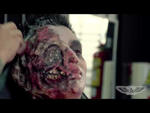 Maquillaje terrorifico doovi - Como maquillarse de zombie ...