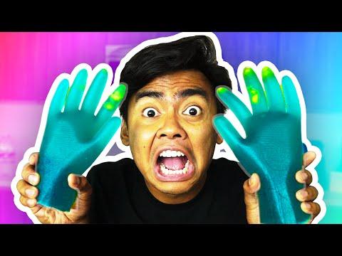 DIY How To Make GUMMY HANDS!