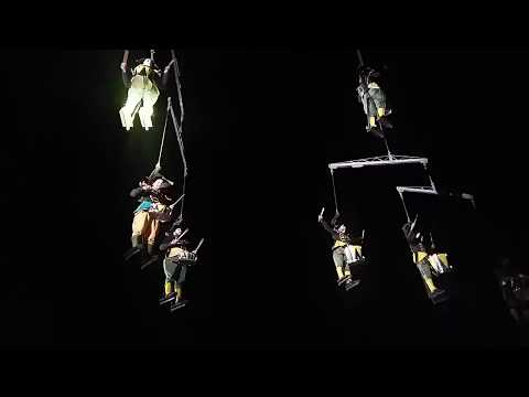 [Must watch!!!]Flying acrobatics and band Down-Town Stratford July 18 2017