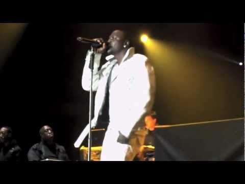 "Akon ""Sorry, Blame It On Me"" - Providence, RI 5/4/11"