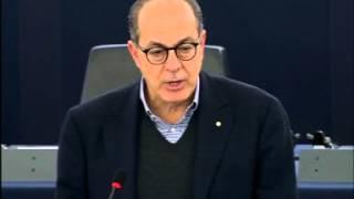 Intervento in aula di Paolo De Castro su brevetti e privative per I ritrovati vegetali