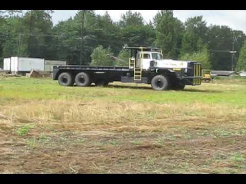 100-ton Desert Oilfield Truck