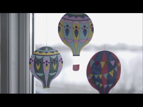 DIY: Printable hot air balloons by Søstrene Grene