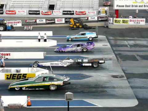 Drag race 4 jet cars in one race youtube for Jet cars rotterdam opgelicht