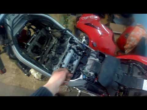 Обслуживание мотоцикла Honda VFR 800VTEC регулировка клапанов чистка форсунок