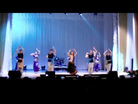 Indian dance. Radha nachegi - Tevar. Sonakshi...