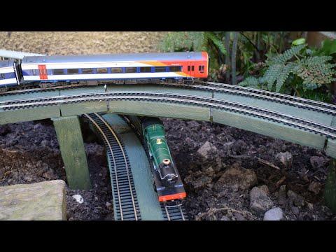 Built in a Week: OO Gauge Garden Model Railway
