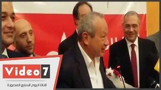 نجيب ساويرس يهنئ عصام خليل برئاسة حزب المصريين الأحرار: ألف مبروك