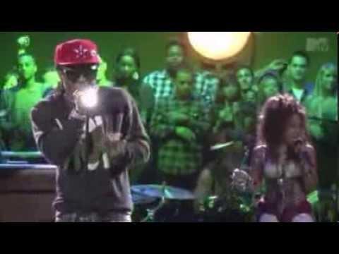 Lil Wayne Let the beat build live on MTV 2011)