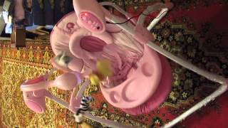 Видео обзор детская игрушка - Качели, шезлонг-качалки для деток