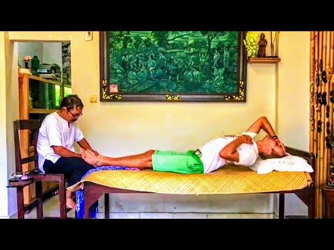 Reflexology 👣 Painful Foot Massage 👣 Painful Reflexology 👣 The Walk Around the World Travel Vlog