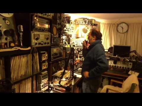 HAM RADIO: Steve VK3SL to VK3ASE in outback Australia. [720p]