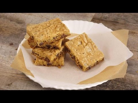 Kelsey Nixon's Chocolate Chip Cookie Bars