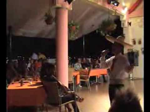 Show en Hotel Casa Granda en Santiago de Cuba 2013 x